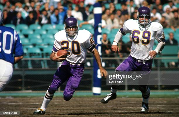 Minnesota Vikings Tommy Mason in action vs Baltimore Colts at Metropolitan Stadium Bloomington MN CREDIT Neil Leifer