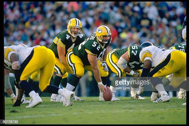New England Patriots Brett Favre in action vs Pittsburgh Steelers.