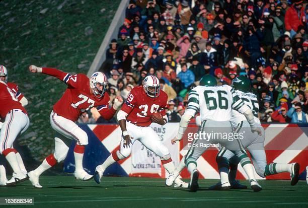 New England Patriots Sam Cunningham in action rushing vs Philadelphia Eagles at Schaeffer Stadium Foxborough MA CREDIT Dick Raphael
