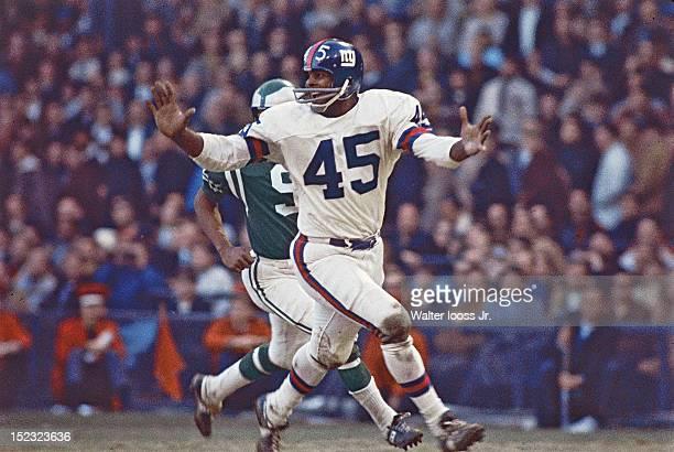 New York Giants Homer Jones in action vs Philadelphia Eagles at Yankee Stadium Bronx NY CREDIT Walter Iooss Jr