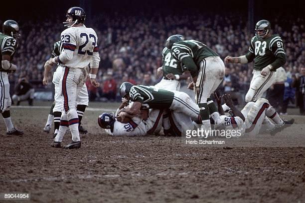 New York Giants Joe Morrison in action vs Philadelphia Eagles Bronx NY CREDIT Herb Scharfman