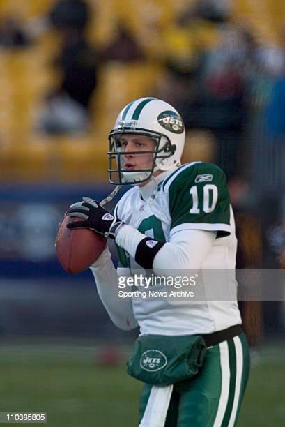 NFL Football New York Jets Chad Pennington against the Pittsburgh Steelers during the AFC Divisional Playoffs in Pittsburgh Penn on Jan 15 2005 at...