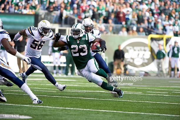 New York Jets Shonn Greene in action, rushing vs San Diego Chargers at MetLife Stadium. East Rutherford, NJ CREDIT: Heinz Kluetmeier