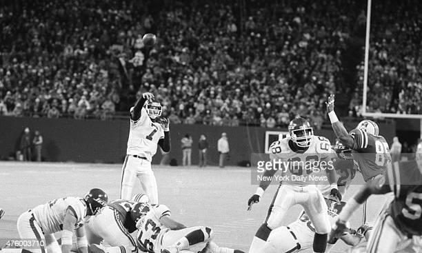 Football New York Jets vs New England Patriots at Giant Stadium UNUSUAL No one's in Ken O'Brien's face as the Jet QB throws pass