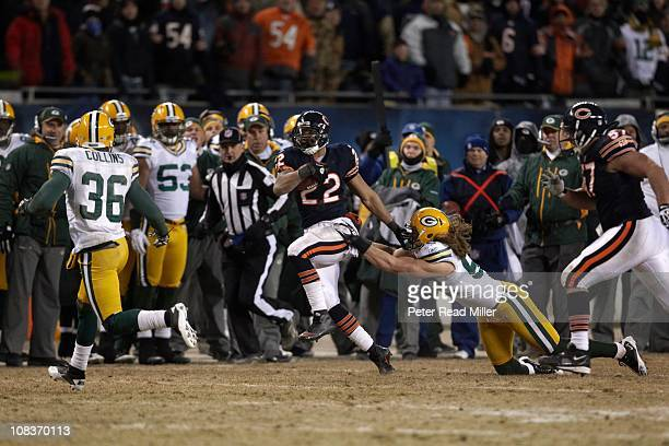 NFC Championship Chicago Bears Matt Forte in action vs Green Bay Packers Clay Matthews at Soldier FieldChicago IL 1/23/2011CREDIT Peter Read Miller