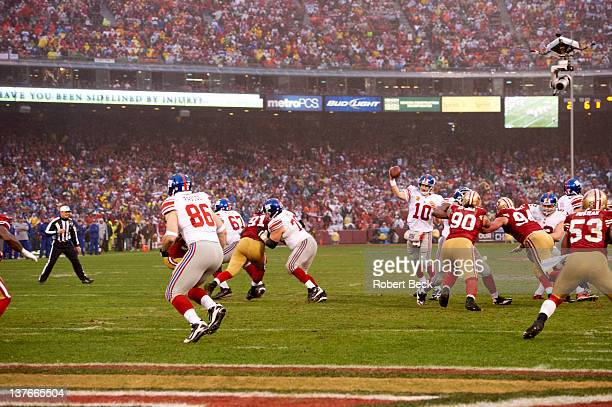 NFC Championship New York Giants QB Eli Manning in action pass vs San Francisco 49ers at Candlestick Park San Francisco CA CREDIT Robert Beck