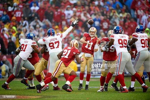 NFC Championship San Francisco 49ers QB Alex Smith in action pass vs New York Giants at Candlestick Park San Francisco CA CREDIT John Biever