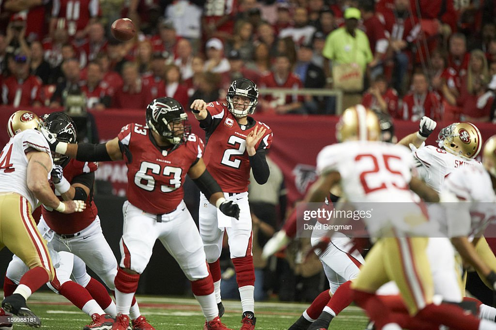 Atlanta Falcons QB Matt Ryan (2) in action, making pass vs San Francisco 49ers at Georgia Dome. David Bergman F821 )