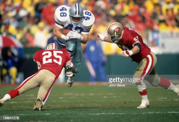 NFC Playoffs Dallas Cowboys Daryl Johnston in action rushing vs San Francisco 49ers at Candlestick Park San Francisco CA CREDIT John Biever