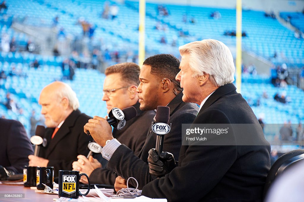 Fox Sports Analysts Terry Bradhsaw Howie Long Michael Strahan And