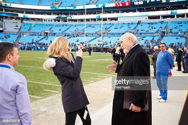NFC Playoffs Fox Sports sidelines reporter Erin Andrews takes picture with camera phone of television analyst Terry Bradshaw before telecast of...