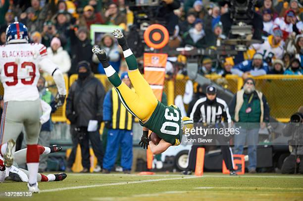 NFC Playoffs Green Bay Packers John Kuhn in action scoring touchdown vs New York Giants at Lambeau Field Green Bay WI CREDIT John Biever