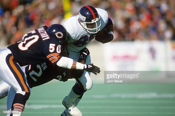 NFC Playoffs New York Giants Mark Bavaro in action vs Chicago Bears Mike Singletary at Soldier Field Chicago IL CREDIT John Biever