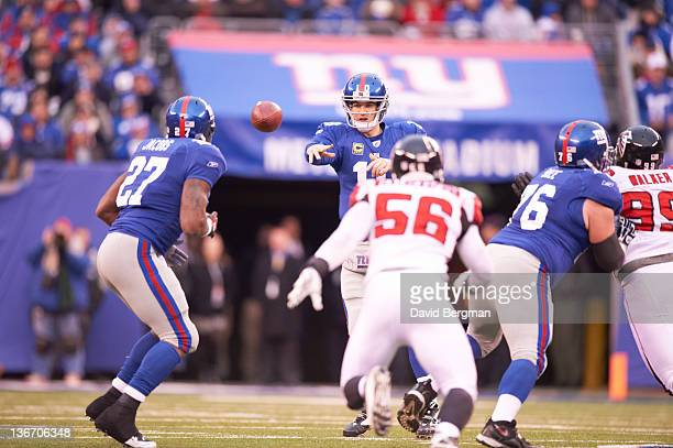 NFC Playoffs New York Giants QB Eli Manning in action passing vs Atlanta Falcons at MetLife Stadium East Rutherford NJ CREDIT David Bergman