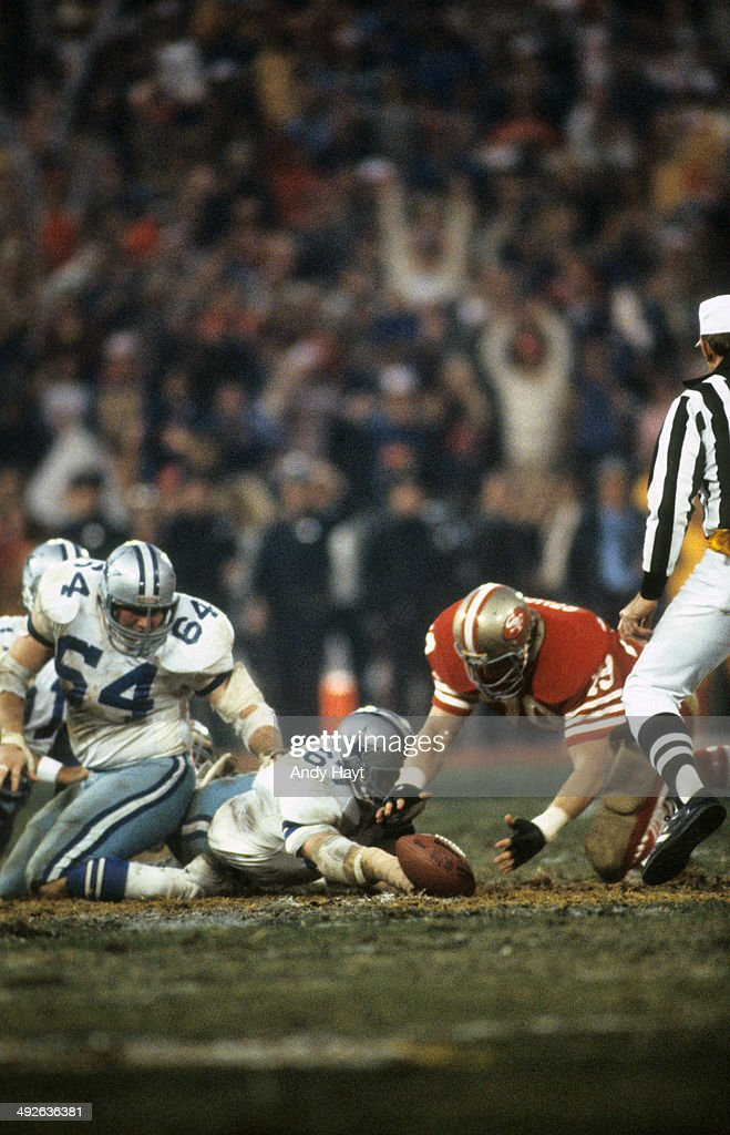 NFC Playoffs San Francisco 49ers Jim Stuckey in action making fumble recovery vs Dallas Cowboys at Candlestick Park San Francisco CA CREDIT Andy Hayt