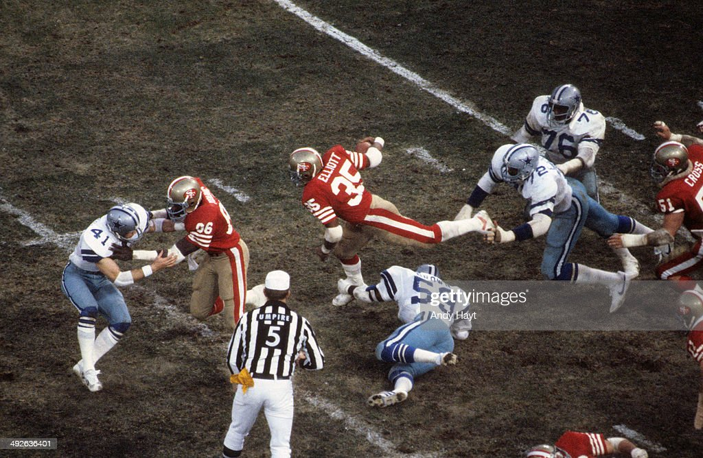 NFC Playoffs San Francisco 49ers Levil Elliott in action rushing vs Dallas Cowboys at Candlestick Park San Francisco CA CREDIT Andy Hayt