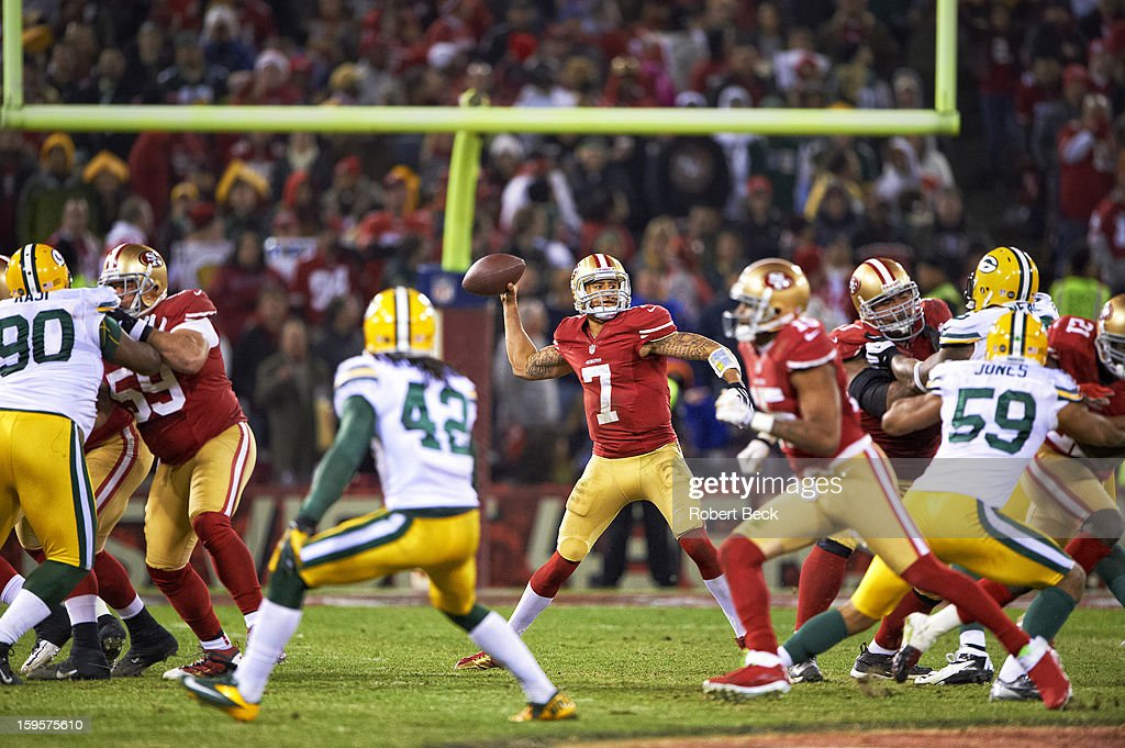 San Francisco 49ers QB Colin Kaepernick (7) in action, making pass vs Green Bay Packers at Candlestick Park. Robert Beck F3 )