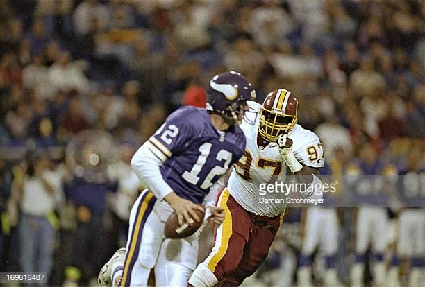 NFC Playoffs Washington Redskins James Geathers in action defense vs Minnesota Vikings QB Sean Salisbury at HH Humphrey Metrodome Minneapolis MN...