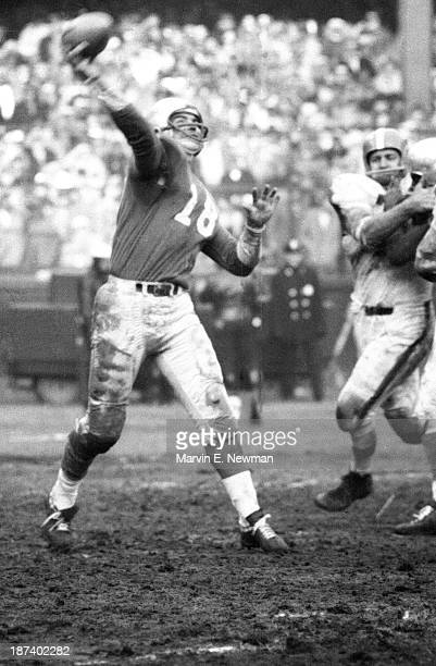 NFL Championship Detroit Lions QB Tobin Rote in action pass vs Cleveland Browns at Briggs Stadium Detroit MI CREDIT Marvin E Newman