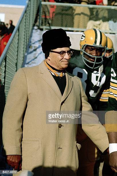 NFL Championship Green Bay Packers coach Vince Lombardi during game vs Dallas Cowboys Ice Bowl Green Bay WI CREDIT Walter Iooss Jr