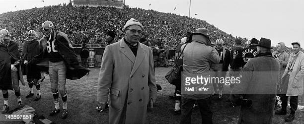 NFL Championship Green Bay Packers head coach Vince Lombardi on sidelines during game vs New York Giants at City Stadium Green Bay WI CREDIT Neil...