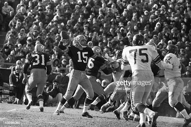 NFL Championship Green Bay Packers QB Bart Starr in action pass vs New York Giants at City Stadium Green Bay WI CREDIT Neil Leifer