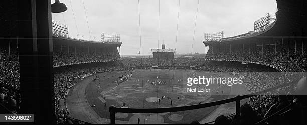 NFL Championship Panoramic view of Cleveland Browns vs Baltimore Colts game action at Cleveland Municipal Stadium Cleveland OH CREDIT Neil Leifer