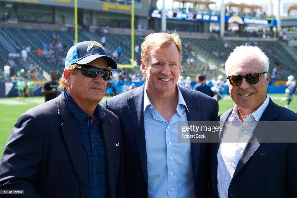 NFL commissioner Roger Goodell (C) with Philadelphia Eagles owner Jeffrey Lurie (R) and Los Angeles Chargers owner Dean Spanos before game at StubHub Center. Robert Beck TK1 )