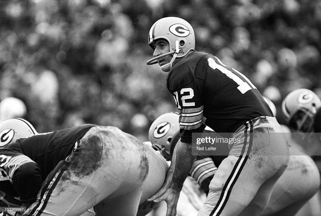 Green Bay Packers vs Baltimore Colts, 1965 NFL Divisonal Playoffs : News Photo