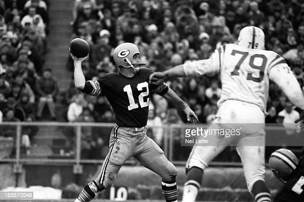 NFL Playoffs Green Bay Packers QB Zeke Bratkowski in action making pass vs Baltimore Colts at Lambeau Field Green Bay WI CREDIT Neil Leifer