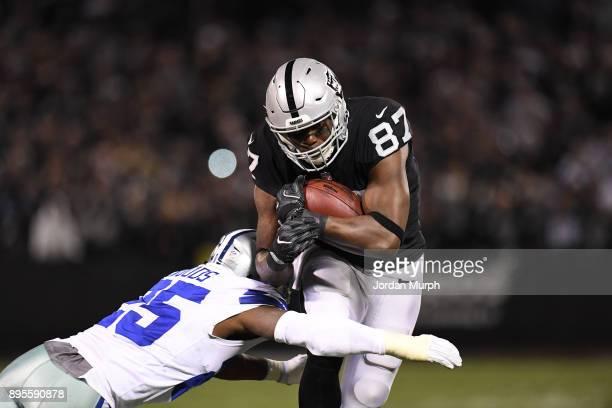 Oakland Raiders Jared Cook in action vs Dallas Cowboys at Oakland Alameda Coliseum Oakland CA CREDIT Jordan Murph
