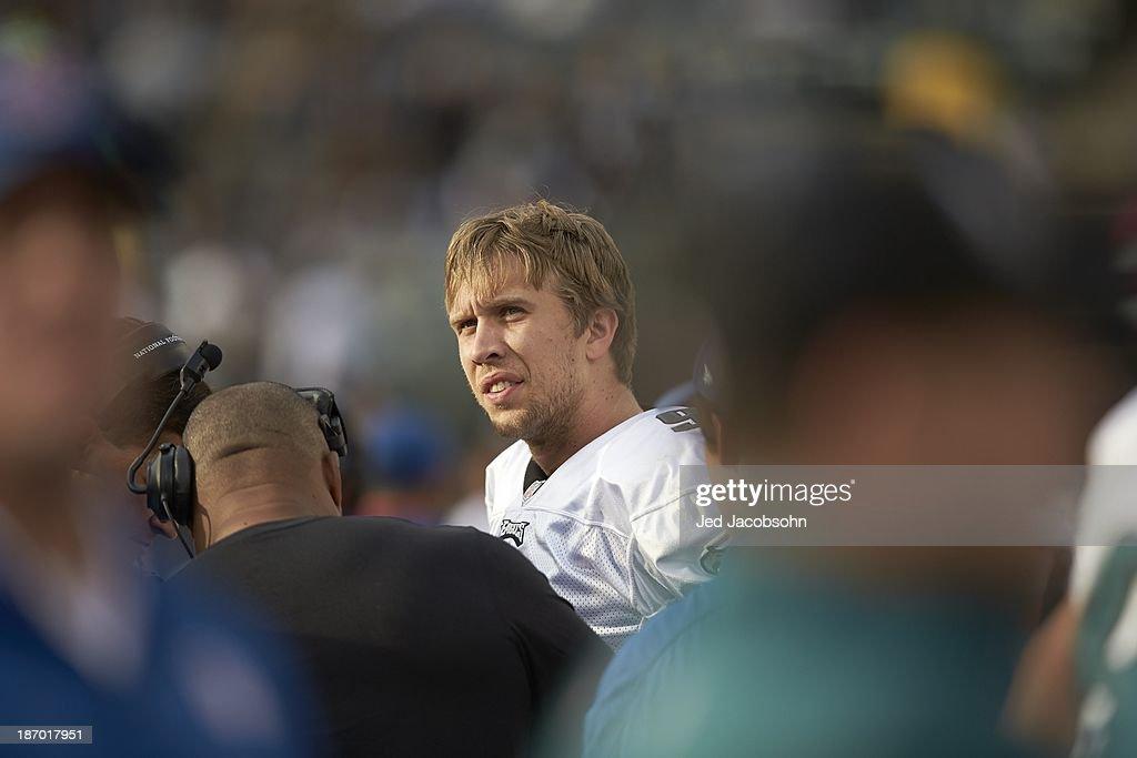 Philadelphia Eagles QB Nick Foles (9) during game vs Oakland Raiders at O.co Coliseum. Jed Jacobsohn F772 )