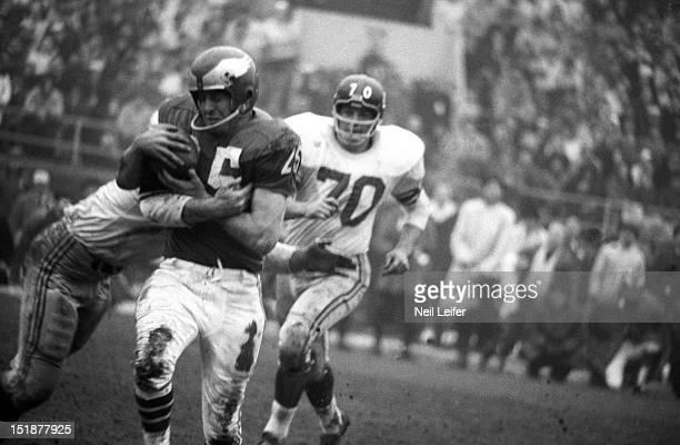 Philadelphia Eagles Tommy McDonald in action vs New York Giants at Franklin Field Philadelphia PA CREDIT Neil Leifer