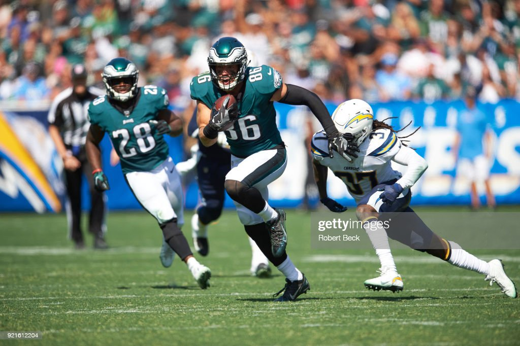 Los Angeles Chargers vs Philadelphia Eagles