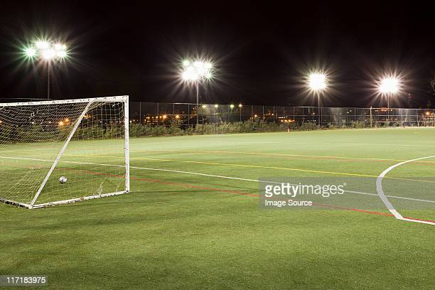 football pitch - voetbalveld stockfoto's en -beelden