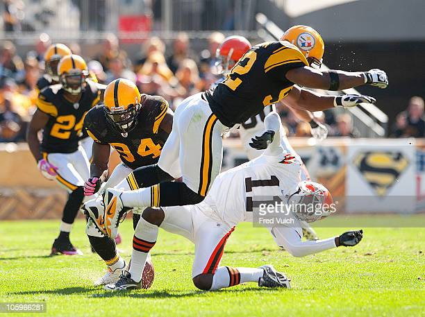 Pittsburgh Steelers James Harrison in action making openfield hit vs Cleveland Browns Mohamed Massaquoi Pittsburgh PA CREDIT Fred Vuich