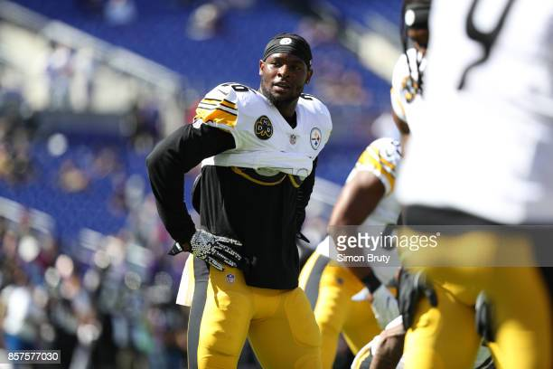 Pittsburgh Steelers Le'Veon Bell before game vs Baltimore Ravens at MT Bank Stadium Baltimore MD CREDIT Simon Bruty