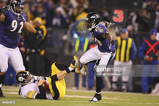 Pittsburgh Steelers QB Ben Roethlisberger in action sack by Baltimore Ravens Ed Reed Baltimore MD CREDIT Damian Strohmeyer