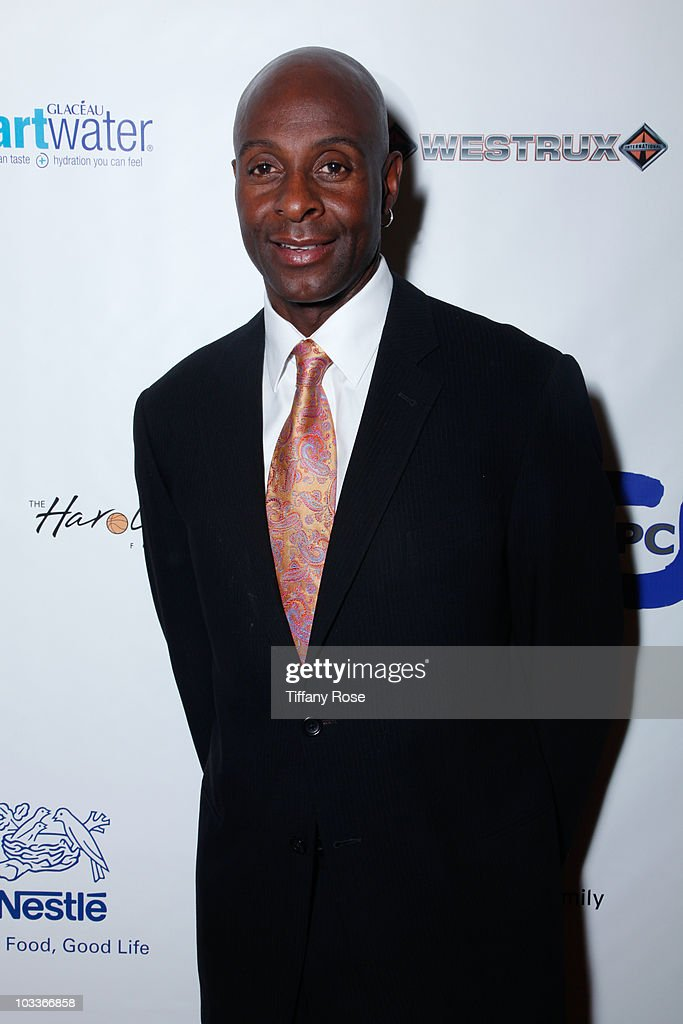 Football player Jerry Rice arrives at the 10th Annual Harold Pump Foundation Gala on August 12, 2010 in Century City, California.