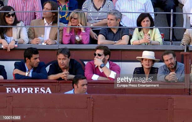 Football player Miguel Torres an unknown person the goal keeper Iker Casillas Elena Ochoa and Jose Maria Cano at Las Ventas bullring during the San...