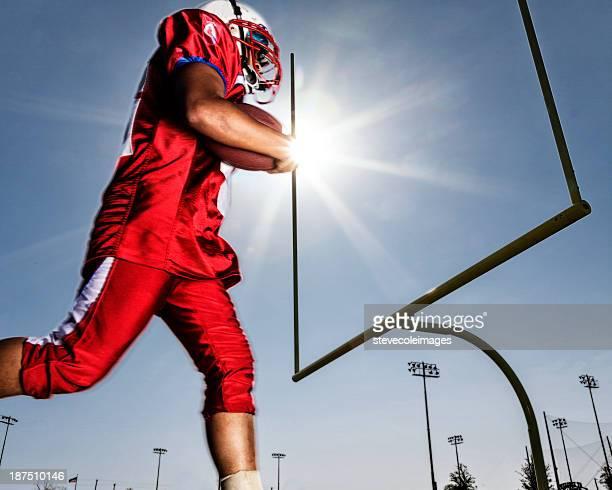 football-spieler - touchdown stock-fotos und bilder