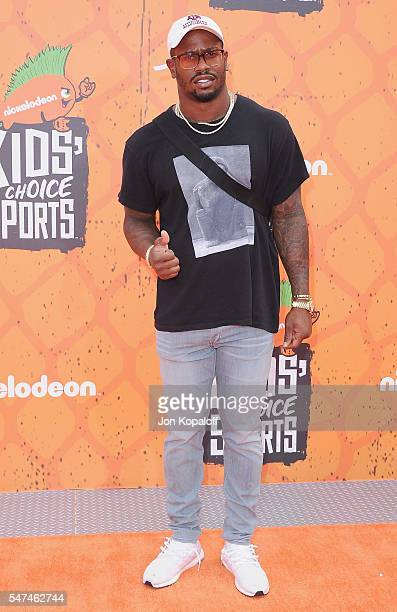 Football player Von Miller arrives at Nickelodeon Kids' Choice Sports Awards 2016 at UCLA's Pauley Pavilion on July 14, 2016 in Westwood, California.