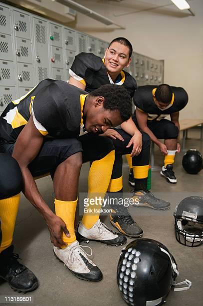 High School Boys Locker Room Foto E Immagini Stock  Getty Images-5109