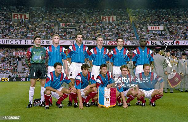 Football players of the French team pose before the friendly match France/ Brazil on August 26 1992 at the stadium Parc des Princes Paris Christophe...