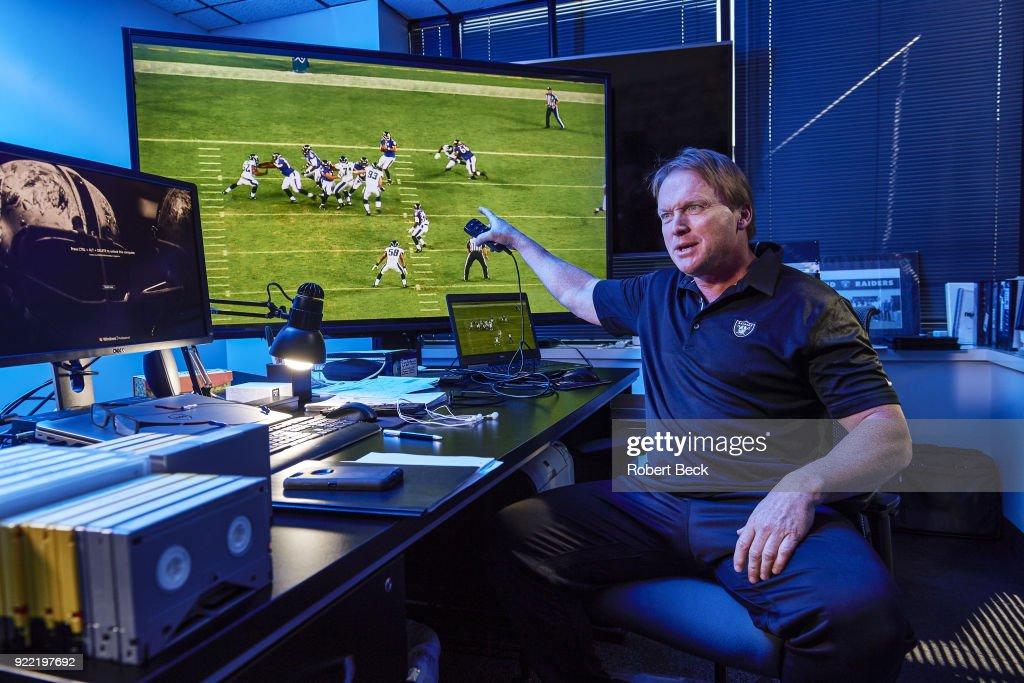Oakland Raiders Head Coach Jon Gruden : News Photo