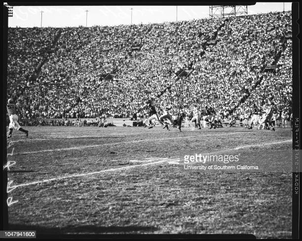 Football professional November 8 1959 Los Angeles Rams versus San Francisco 49ers Caption slip reads 'Photographer Jensen Date Assignment Rams vs...