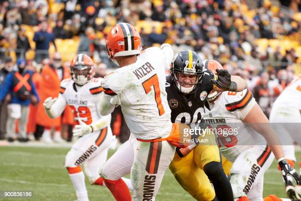 Rear view of Cleveland Browns QB DeShone Kizer in action vs Pittsburgh Steelers TJ Watt at Heinz Field Pittsburgh PA CREDIT Fred Vuich