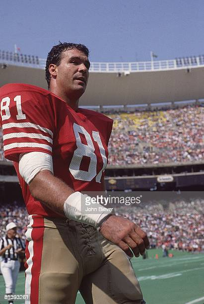Football San Francisco 49ers Russ Francis on sidelines during game vs Philadelphia Eagles Philadelphia PA 9/23/1984