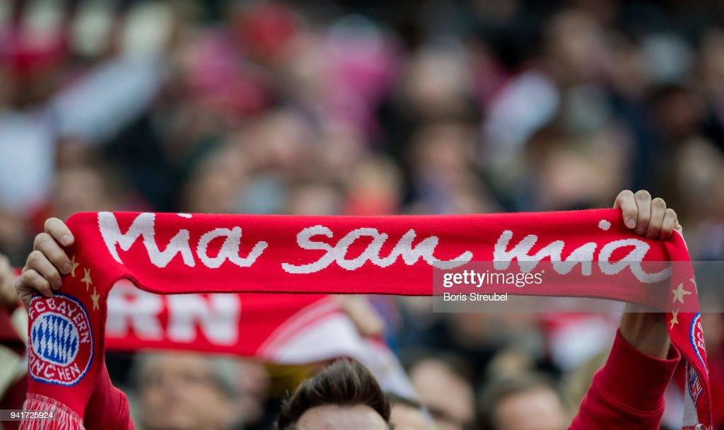 Bayern Munich FC Mia San Mia Scarf