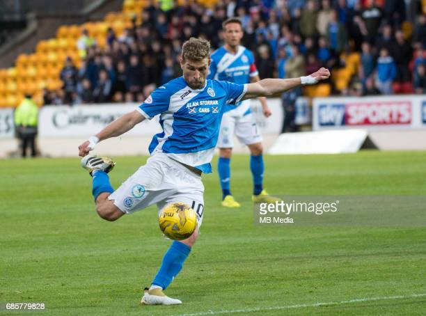 Football Scottish Premiership St Johnstone v Heart of Midlothian McDiarmid Park Perth UK 05 2017 'nSt Johnstone's David Wotherspoon shoots